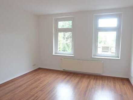 Schöne 5-Zimmer-Wohnung mit 2 Tageslichtbädern in Markranstädt