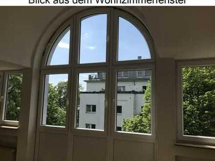 A1659 WG geeignete 4 Zimmer Maisonette Wohnung im schönen Köln-Lindenthal