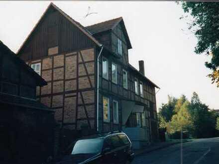 Fachwerk Haus kernsaniert mit sechs Zimmern in Göttingen (Kreis), Adelebsen