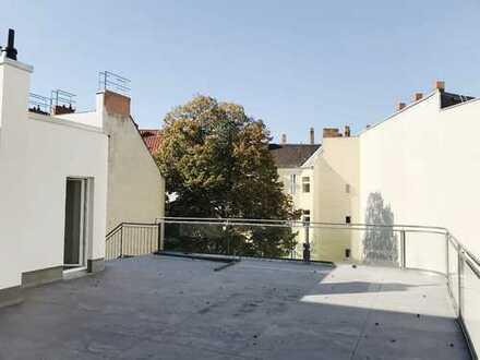Erstbezug DG: 3-Zi. Apartm. incl. EBK, 83,28 m² Dachterrasse + 72,13 m² Wohnfläche , Bad, Aufzug !!!