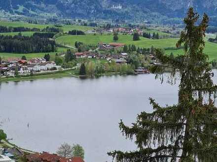 Exklusive, neuwertige 3-Zimmer-EG-Wohnung mit Balkon in Füssen-Hopfen am See