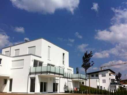 Exklusives Wohnhaus (DHH) in Aussichtslage von Rottweil m. Doppelgarage