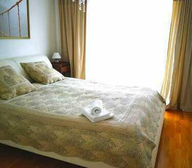 Möbliert: NEUE 3-Zimmer Wohnung am Südpark vom Eigentümer mit der Garage und dem Keller