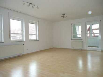 1355 - Freuen Sie sich auf Ihre schöne 4 Zimmer Eigentumswohnung in Herrenberg-Kuppingen!