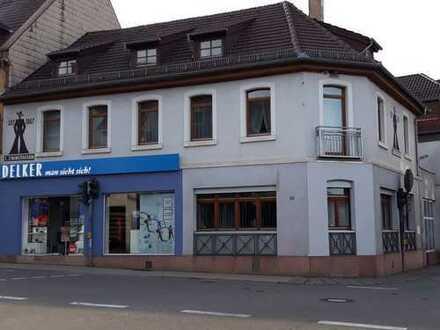 Preiswerte 8-Zimmer-Wohnungen mit Balkon in Enkenbach