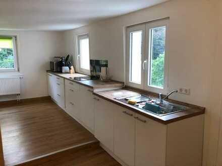 Möblierte Wohnung mit zweieinhalb Zimmern und EBK in Remchingen