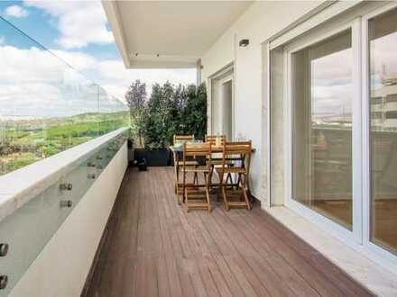SUPERB RIVER & CITY VIEWS, FULLY RENOVATED