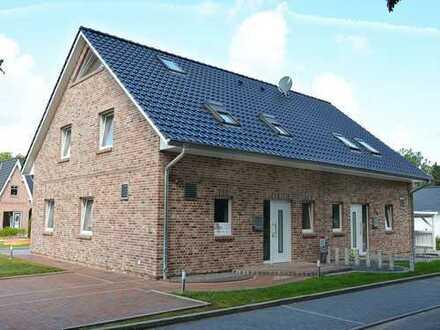 Sympath. DHH-Partner gesucht: Neubau-Doppelhaushälfte in 22941 Bargteheide