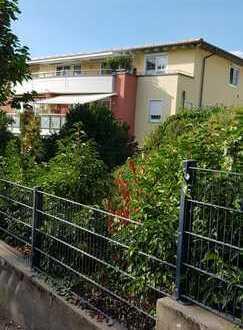 Gepflegte 3,5-Zimmer-Wohnung mit Balkon und Einbauküche in Weinheim-Lützelsachsen