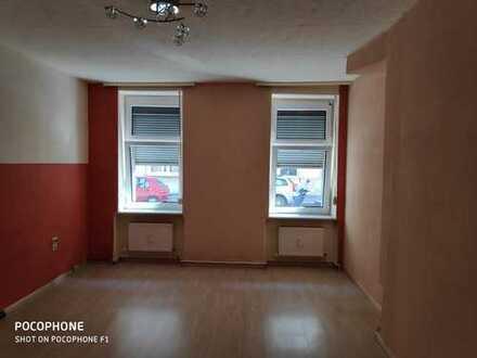 Freundliche 3-Zimmer-Wohnung, bezugsfrei, Nähe Rathaus Spandau
