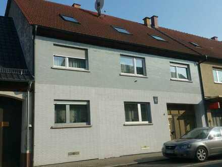 Neu saniert - 5-Zimmer-Wohnung mit Einbauküche in Philippsburg