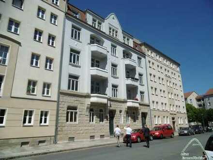 Schöne Erdgeschosswohnung in guter und zentraler Lage von Dresden zu verkaufen - Denkmalschutz