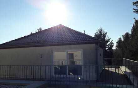 Maisonette mit umlaufender Dachterrasse, 3 Balkonen, Aufzug, TG....!!!!