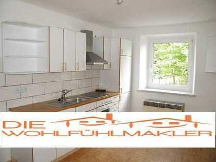 Ab August! 10 Min. zur Fachschule ! Bezugsfertige 2-Zimmer Wohnung mit Einbauküche