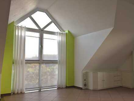 Von Privat - Dachgeschoss Maisonette Wohnung in zentraler und ruhiger Lage in Erkelenz
