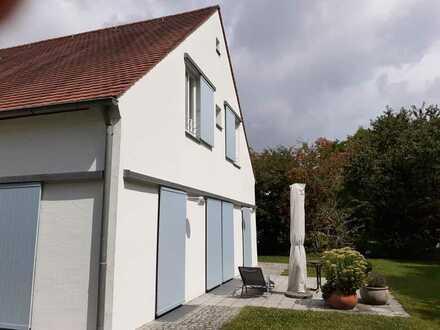 Gepflegtes Einfamilienhaus mit 5 Zimmern und Einbauküche in Burgweinting-Harting, Regensburg