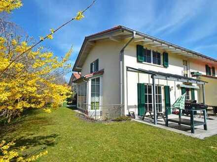 Familienfreundliche Doppelhaushälfte mit sonnigem Süd-West-Garten in Oberhaching