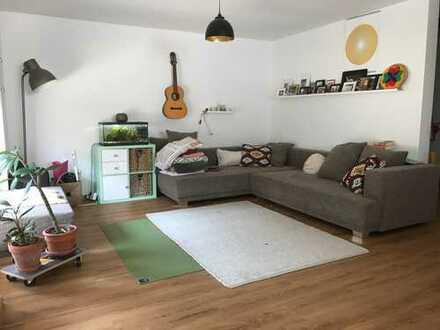 2 Zimmer mit eigenem Bad in Familien-WG in Gondelsheim