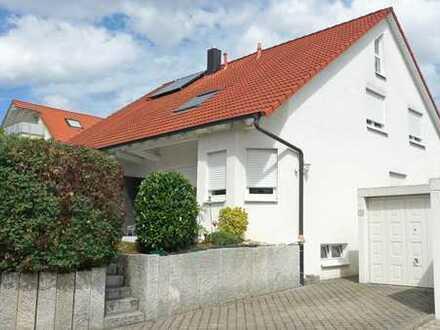 DHH mit sechs Zimmern in Ludwigsburg (Kreis), Bietigheim-Bissingen