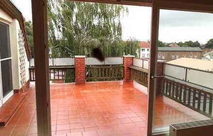 Traumhaft schönes Angermünde: 16 qm Sonnenterrasse im 2.OG, 4 Zimmer, Garten, nahe Marktplatz