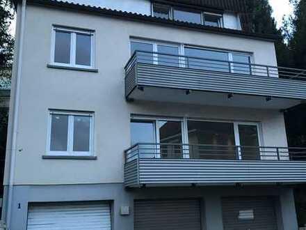 Schöne drei Zimmer Dachwohnung in Baden-Baden