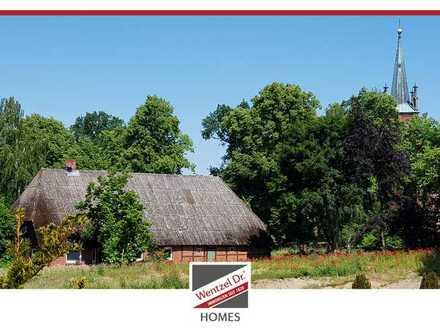 PROVISIONSFREI für Käufer – Letztes freies Grundstück! BAUEN im Ortskern von St. Dionys