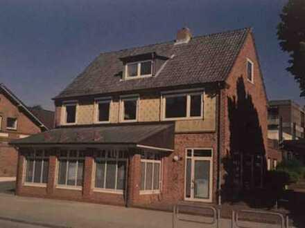 Schöne 4 Zimmer Wohnung mit riesiger 35qm Dachterasse in Heikendorf