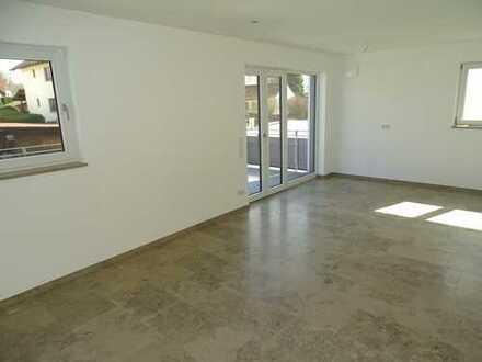 Exklusive 4 ZKB Wohnung mit zwei Dachterrassen, Garage und Stellplatz in Hepberg
