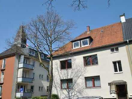 Ehrenfeld: mit Kamin, Wintergarten und Garage!