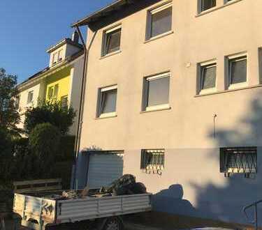PROV-FREI Erstbezug nach Sanierung:attraktive 3-Zimmer-Terrassenwohnung mit EBK und Balkon in Wernau