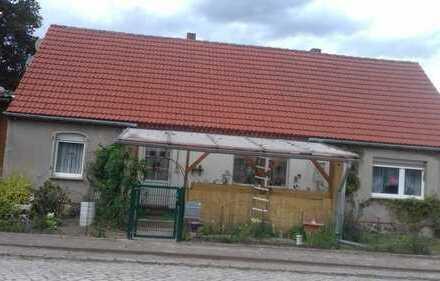 Einfamilienhaus mit Grundstück von Privat