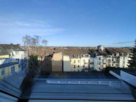 # Wunderschöne DG-Maisonnette-Wohnung