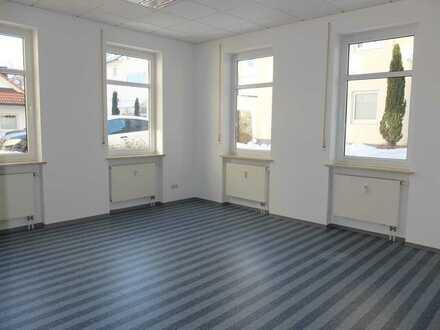 Helles 2 Zimmer Büro/ Lagerraum mit Toilette, keine Schaufenster, hinter POST Bad Wörishofen