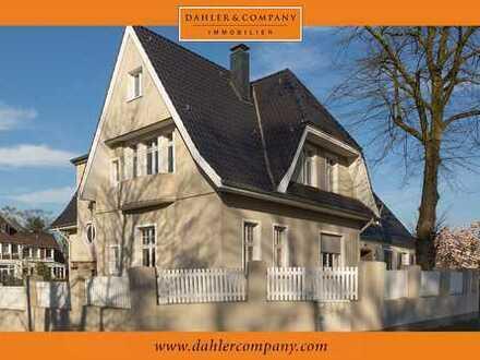 Schöne Maisonette Wohnung in denkmalgeschützter Villa