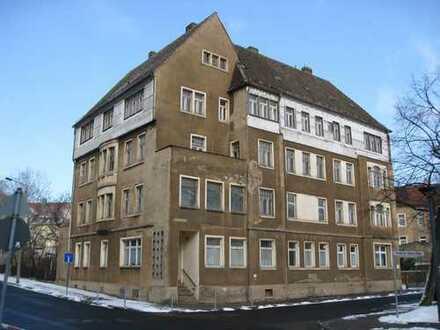 Sanierung eines Wohn-/Geschäftshauses mit 8 Wohnungen und 3 Gewerbeeinheiten in Riesa!