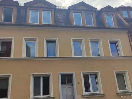 Nbg-Mögeldorf, Maisonette-Wohnung mit ca. 79 qm Wohnfläche, 3 Zimmer, Tageslicht-Bad, Gas-ZH