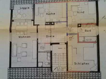 Helle, großzügige 3-Zimmer-DG-Wohnung mit Balkon und Einbauküche in Laatzen