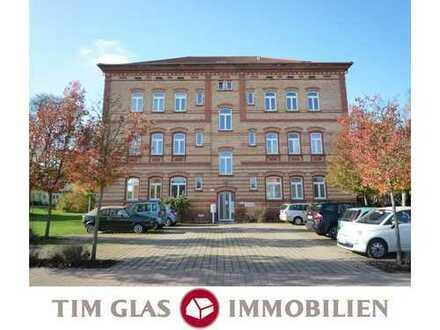 ++ Gemütliche, helle 2ZKBBalkon Wohnung in ruhiger und beliebter Wohnlage in LD-Stadt! ++