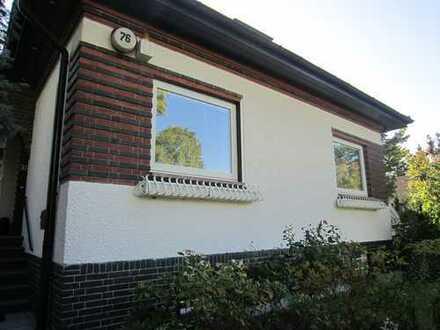 Schönes, geräumiges Haus mit Garten in Berlin Biesdorf