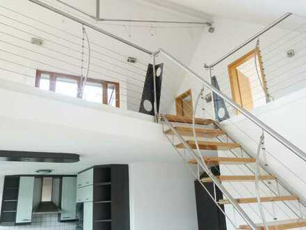 Ein Wohntraum ist diese schicke 4 1/2 - 5 Zimmer Galeriewohnung mit Balkon u. Dachterrasse
