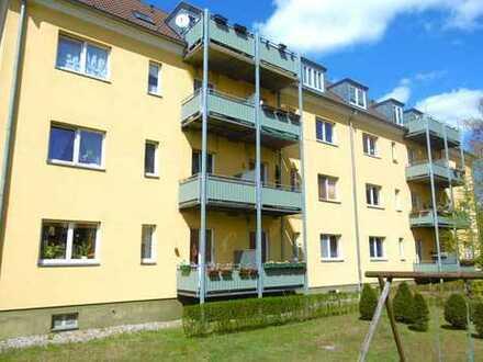 Bild_Geräumige 3-Zimmer-Dachgeschoss-Wohnung mit Balkon