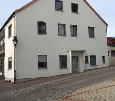 Erstbezug nach Sanierung: helle, großzügige 3-Zimmer-Wohnung mit Dachterrasse in Schweitenkirchen