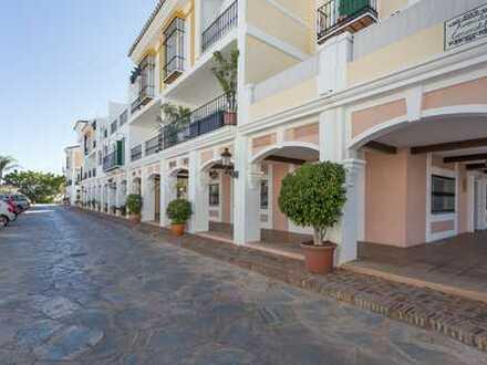 Reihenhaus mit 3 Schlafzimmern in Westlage mit herrlichem Blick auf den Las Brisas Golf Club und ...