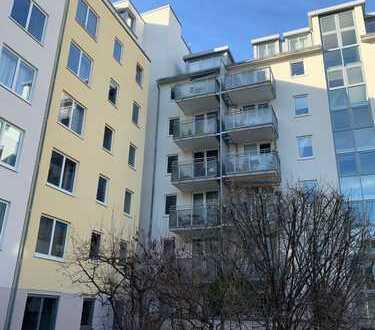 Maxvorstadt, Toplage, 2 Zimmer, tolle Aufteilung, 1.OG, ruhiger Balkon, Keller, sofort frei