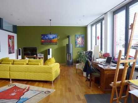Moderne Wohnkultur - Loft ähnliche neu renovierte 2,5 Zi. - Wohnung nahe Oberstaufen