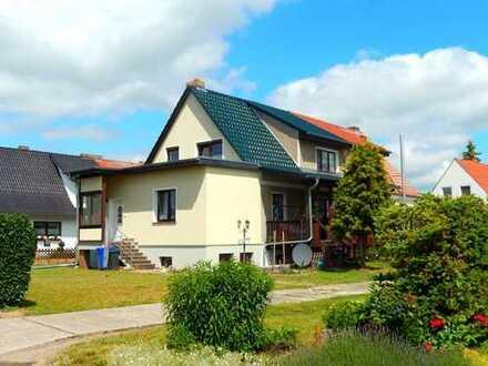 Dr. Lehner Immobilien NB -  Schmucke Doppelhaushälfte in ruhiger Stadtrandlage