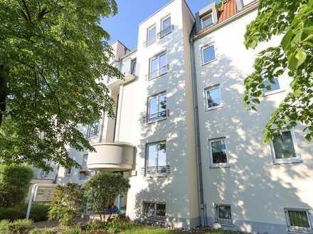 +++ 3-Raum-Dachgeschosswohnung mit Südbalkon und TG-Stellplatz in Laubegast +++