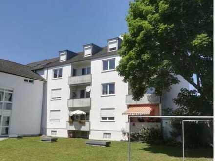 Renovierte 3-Zimmer-Wohnung mit Balkon und EBK in Neuburg-Schrobenhausen (Kreis)
