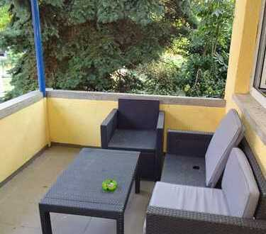 Rendite im Anlageobjekt ... Vermietetes kleines Haus mit kleinem Gartenanteil in Seitenstraße