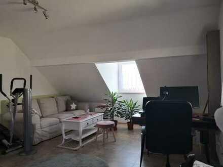 320 €, 46 m², 2 Zimmer